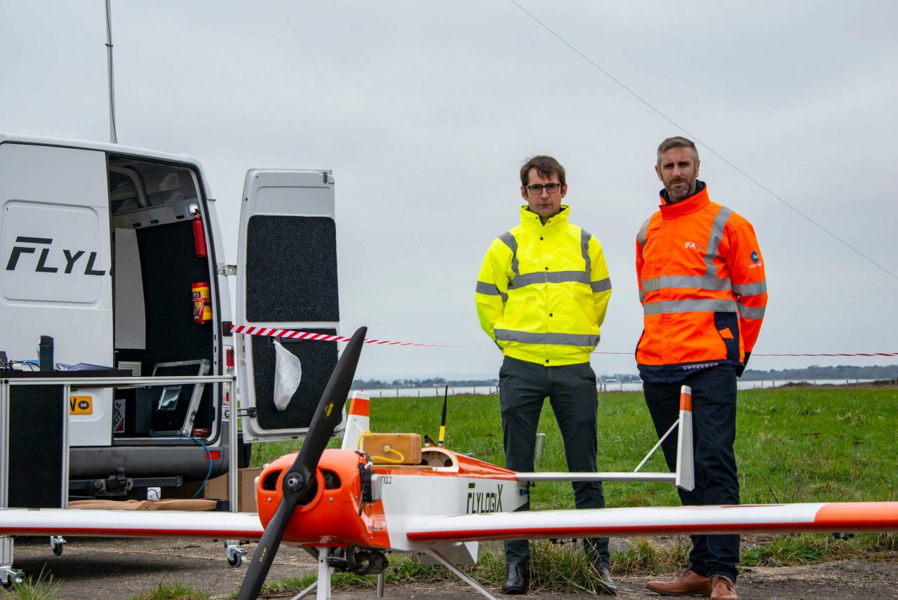 https://coreheli.com/wp-content/uploads/2021/07/Ed-Clay-and-Charles-Tavner-prepares-for-the-Flylogix-drone-mission-for-National-Grid-surveillance-1280x855.jpg